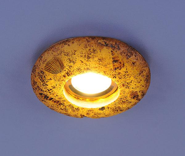 71c8ddfc210c38360cf8124da5d75aad 600x504 - встр. точечный светильник Elektrostandard 3060 желтая подсветка