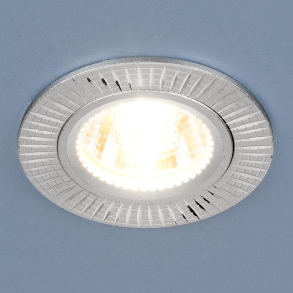 87b98f18b9e9956e1ad7990b8b977e1d 600x600 - встр. точечный светильник Elektrostandard 2003 серебро
