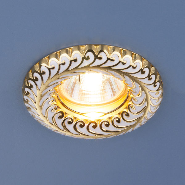 a689c6246bc79b1daa8928d7f0c89344 600x600 - встр. точечный светильник Elektrostandard 7001 белый/золото