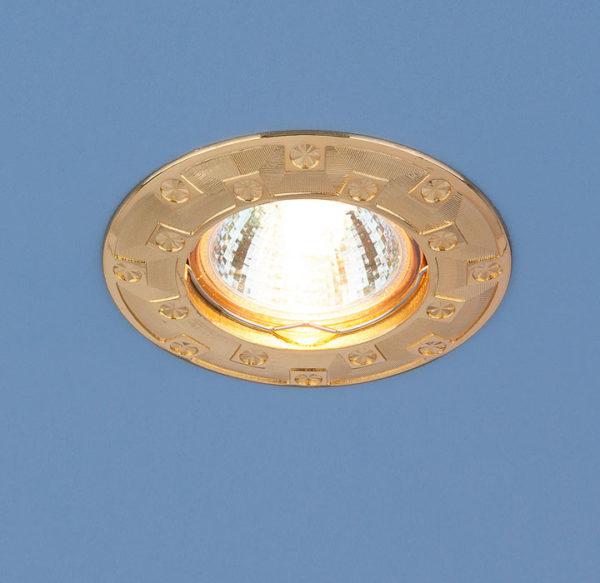 a6cfc9809e6dea99651b3851aaf154f0 600x583 - встр. точечный светильник Elektrostandard 7202 золото
