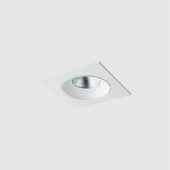 e6e4183f3e8aadbeeb7d3018db33d4a4 - встр. точечный светильник ITALLINE 619711 white