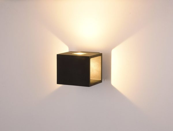7a6156fef91b9ba5a5503b6fa4061b9b 600x453 - Настенный светильник KUB, черный, 10Вт, 3000K, IP54, LWA0100A-BL-WW