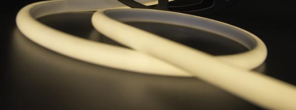 f4610b5adceb24e79d0adf48023c0a6f 600x224 - Термолента светодиодная SMD 2835, 180 LED/м, 12 Вт/м, 24В , IP68, Цвет: Теп.белый